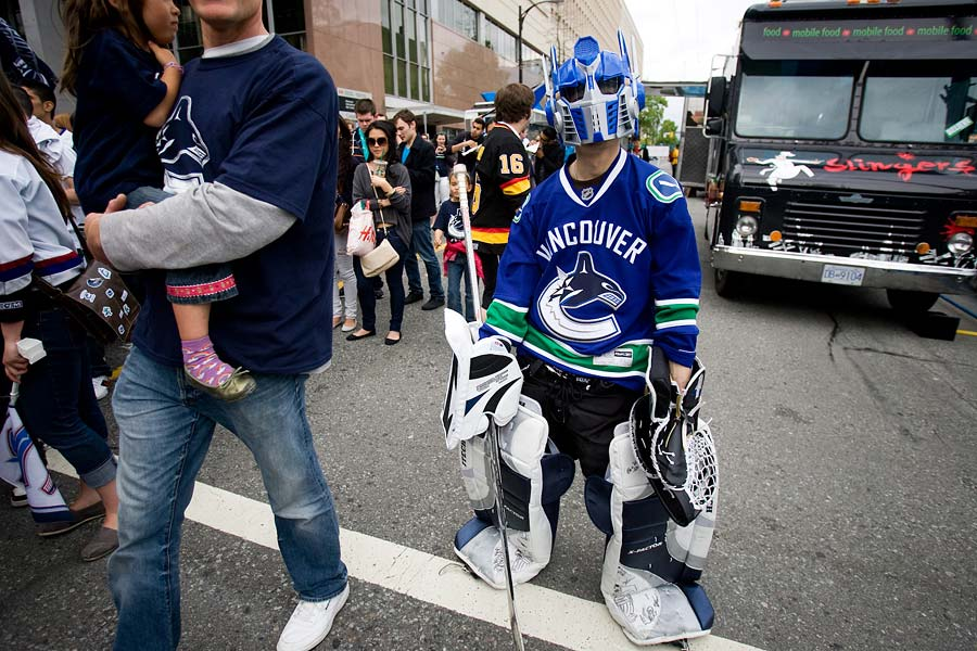 Vancouver Event Photographer Geoff Howe Stanley Cup Fans