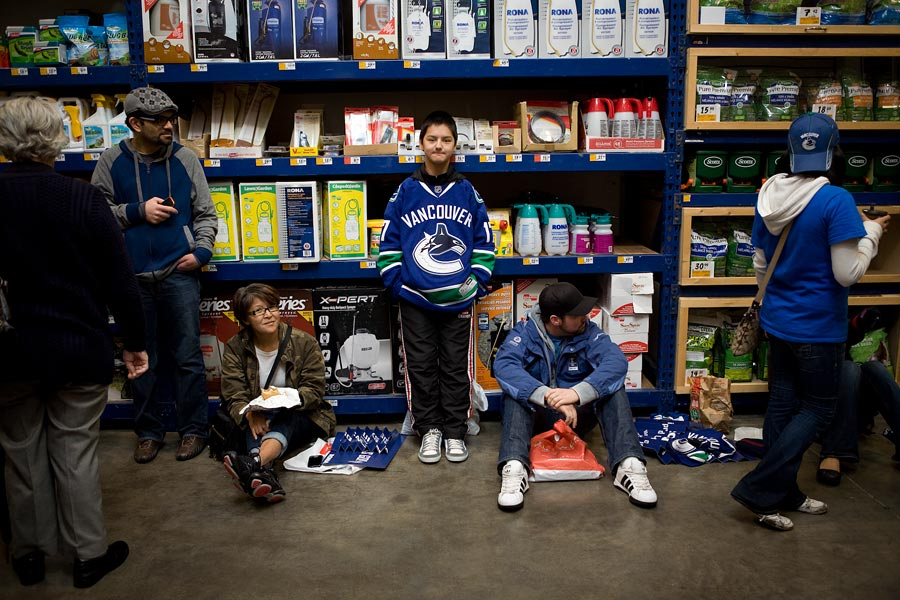 vancouver-event-photographer-canucks-rona-partnership-announcement